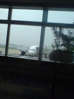 福岡空港にて飛行機