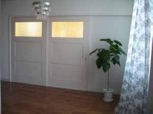 電気とドア