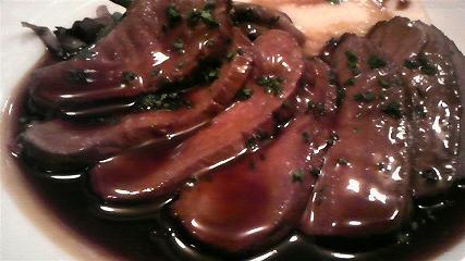 ル・クロ・モンマルトル 鴨胸肉のロースト スパイス風味