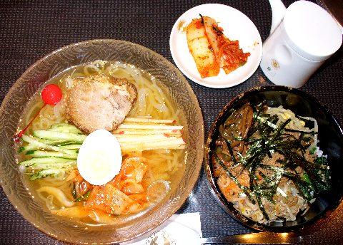 川崎コリアンタウン-東天閣の冷麺ランチ