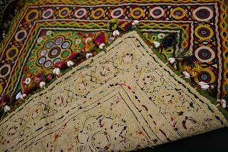 刺繍の布裏