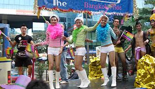 オネエはバンコク共通です