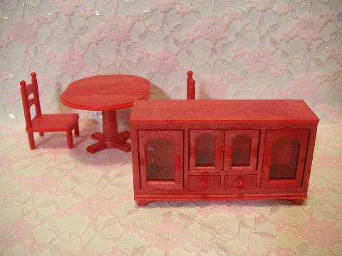 赤い家具1