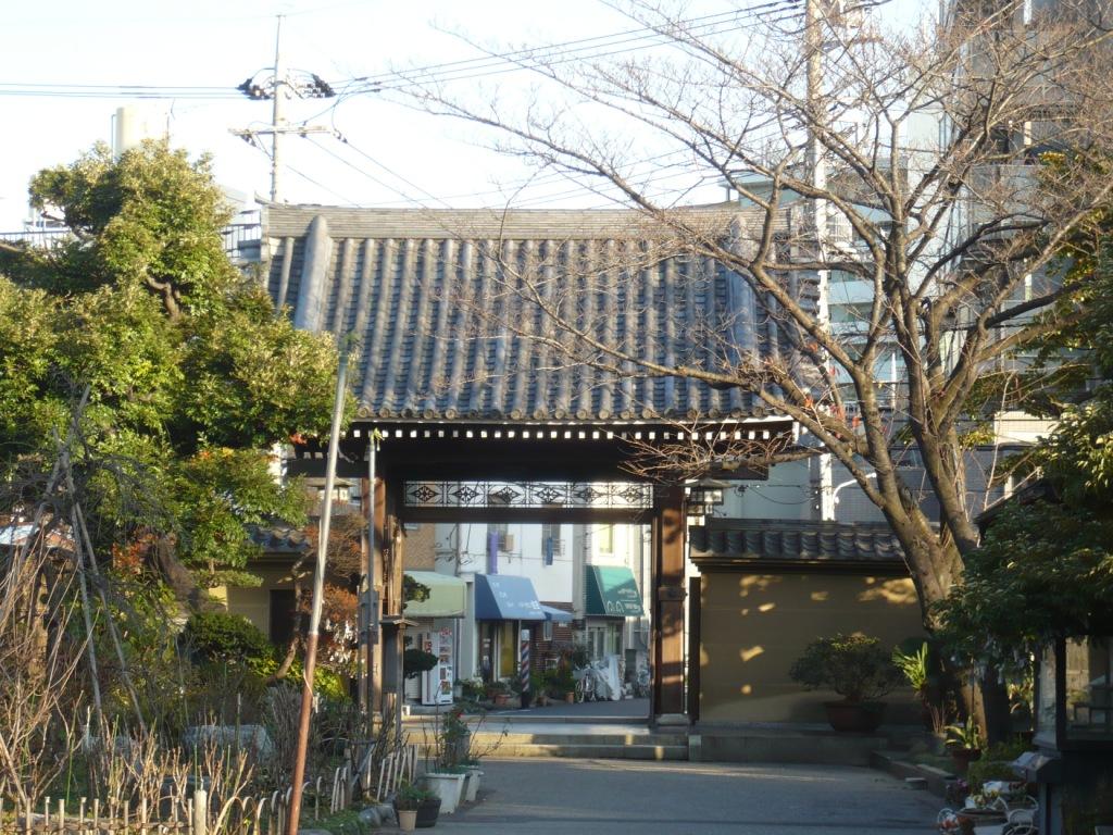 平井聖天山門