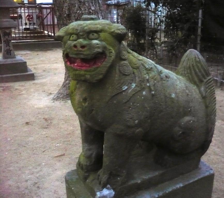 神明宮の狛犬1