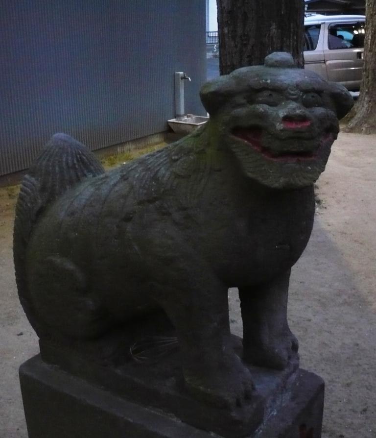 神明宮の狛犬2