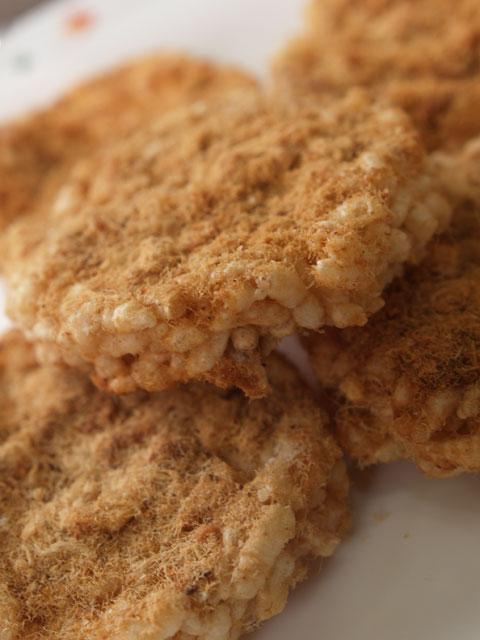 乾燥糸豚肉米煎餅 - カオタンムーヨン