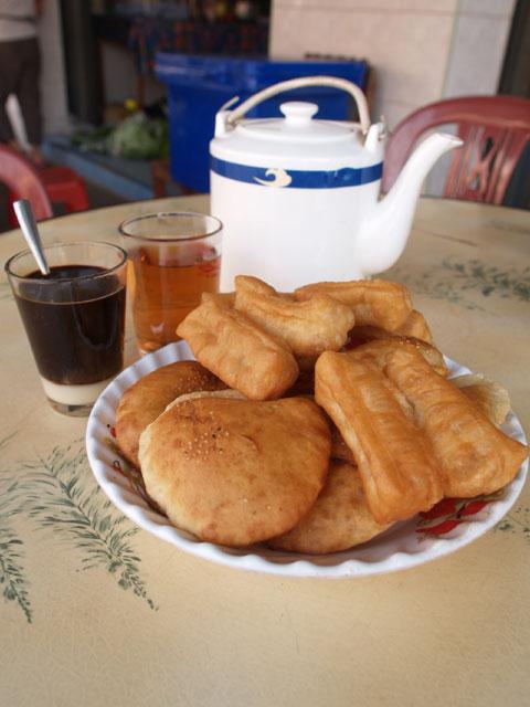 パン・コーヒー・中国茶@サワンナケート