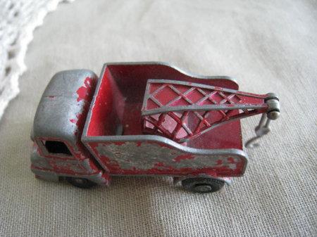 redtruck2.jpg