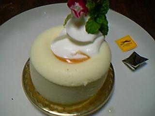 マンゴーのチーズケーキ