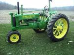John_Deere_B_With_Sickle.jpg
