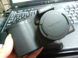 リコーGX200
