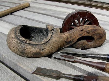 昔の墨ツボ