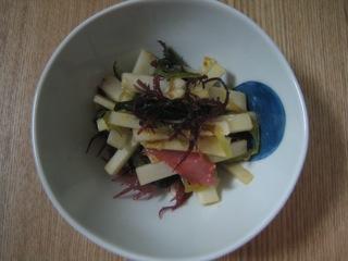ウドと海藻の味噌ドレッシング和え090302