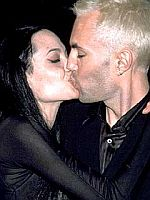 Angelina_Kisses-Brother.jpg