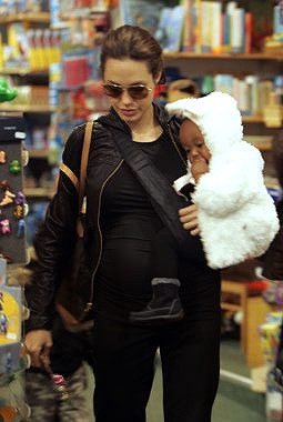 Angie_Kids-Shopping-in-Germany5.jpg