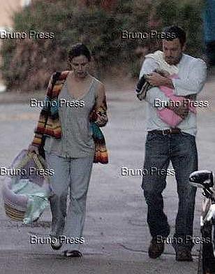 Benifer_Holding-Baby5.jpg