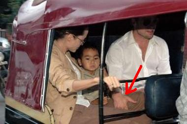 Brangelina_Rickshaw-in-India2.jpg