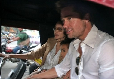 Brangelina_Rickshaw-in-India3.jpg