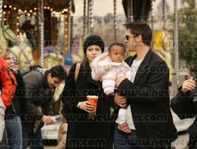 Brangie_Family-Carnival2.jpg