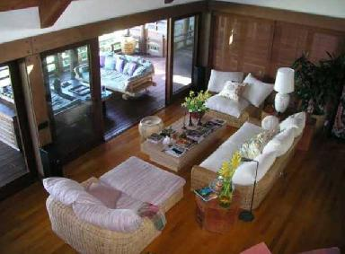Brit_New-House-in-Hawaii12.jpg
