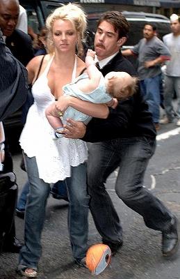 Britney_Almost-Drop-SeanP8.jpg