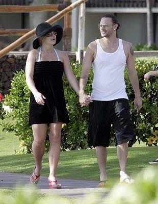 Britney_Family-in-Hawaii3.jpg