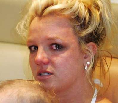 Britney_Feel-Bad5.jpg