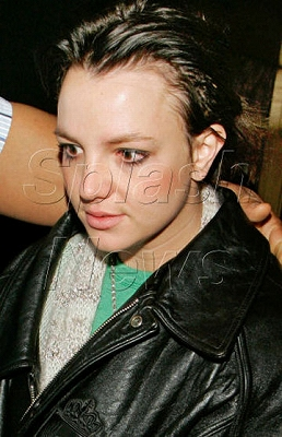 Britney_Hairline4.jpg