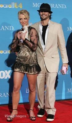 Britney_Kevin3.jpg