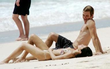 Hayden_Christensen_Barbados-Beach5.jpg