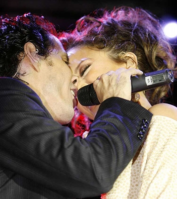 J-Lo_Concert-In_Miami4.jpg