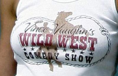 Jenn_Doggie_Vince-Tshirt2.jpg