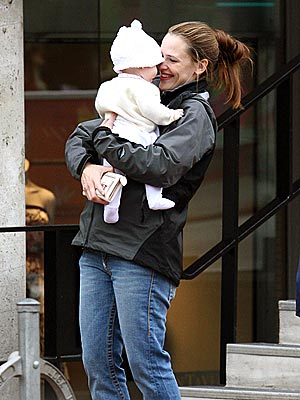 Jennifer_Violet-Mothers-Day.jpg