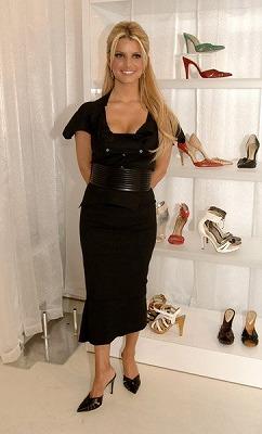 Jessica_Shoe-Line5.jpg
