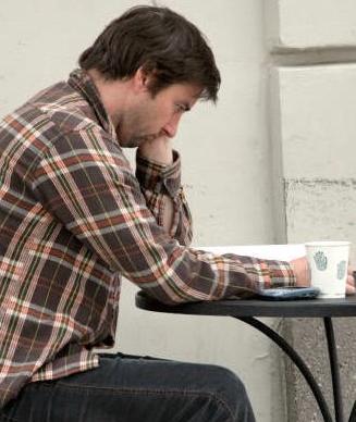 Luke_Wilson-Starbucks3.jpg