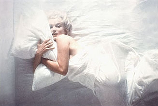 Marilyn_Monroe-Semi-Nude2.jpg