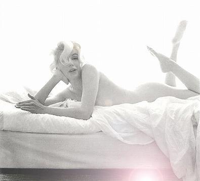 Marilyn_Monroe-Semi-Nude6.jpg