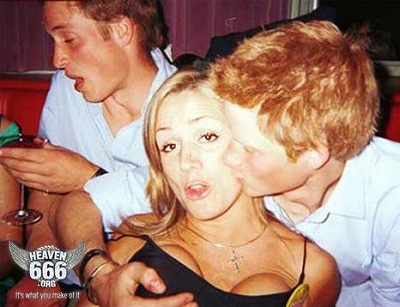 Prince-Harry_Grab-Boob.jpg