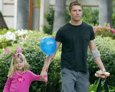 Reese-Ryan_Cute-Family15.jpg