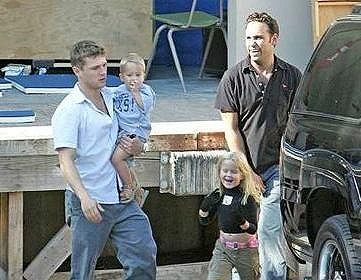 Reese-Ryan_Cute-Family2.jpg