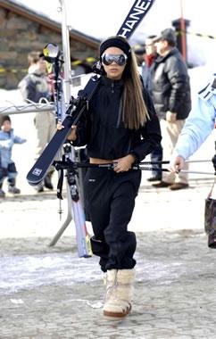 Victoria_Skiing2.jpg