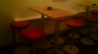 ハイテーブル&チェア