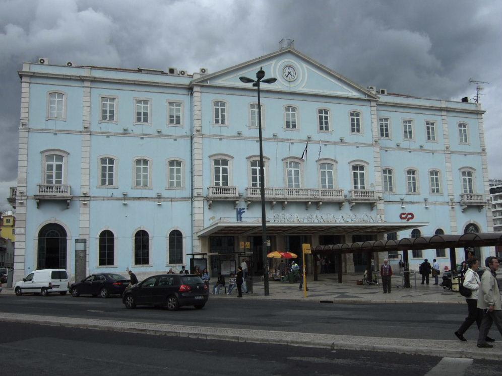 397Lisboa Santa Apolonia駅