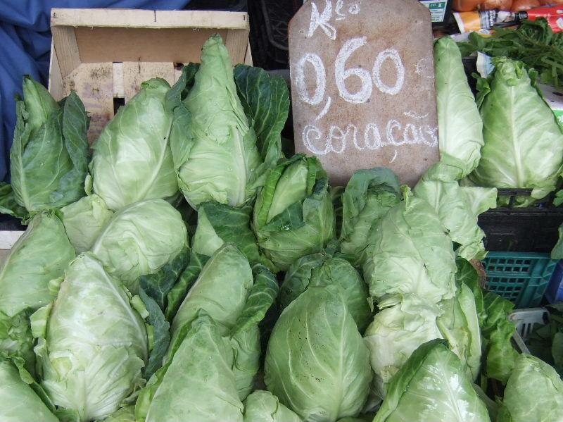 410Porto Bolhao市場とんがりキャベツ