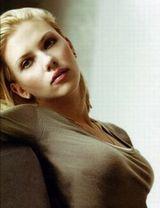 Scarlett-Johansson-004.jpg