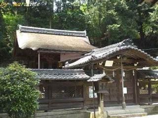 鏡神社・本殿