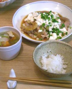 豚の生姜焼きとスープとご飯 2008.111.12