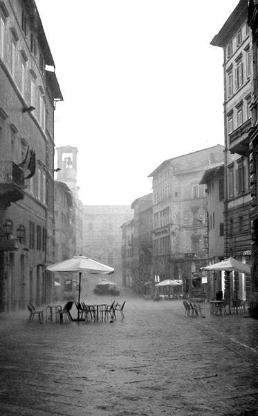 雨のペルージャ