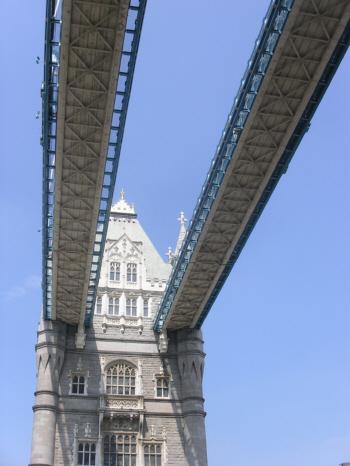 londonbridge2.jpg